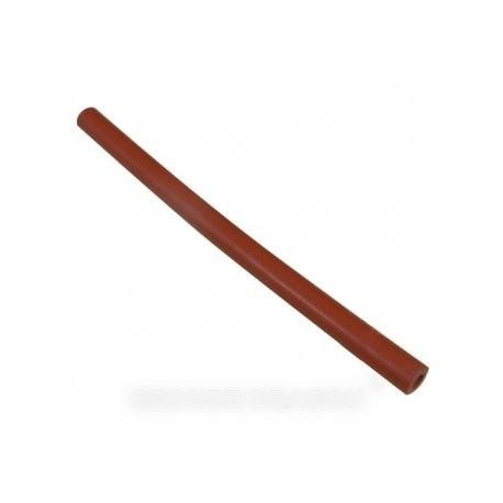 tuyau rouge partie fer